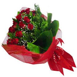 Mersin internetten çiçek siparişi  12 adet kirmizi essiz gül buketi - SEVENE ÖZEL