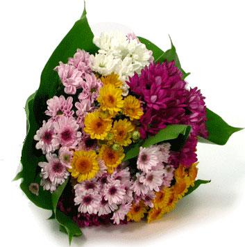 Mersin çiçek online çiçek siparişi  Karisik kir çiçekleri demeti herkeze
