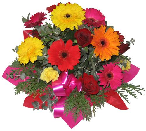 Karisik mevsim çiçeklerinden buket  Mersin çiçekçi mağazası