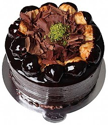 6 ile 9 kişilik Profiterollü Yaş pasta