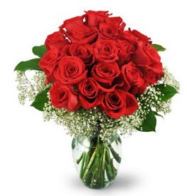 25 adet kırmızı gül cam vazoda  Mersin çiçek mağazası , çiçekçi adresleri