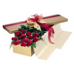 Mersin çiçek satışı  10 adet kutu özel kutu