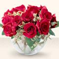 Mersin çiçek siparişi sitesi  mika yada cam içerisinde 10 gül - sevenler için ideal seçim -
