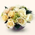 Mersin çiçek siparişi vermek  9 adet sari gül cam yada mika vazo da  Mersin uluslararası çiçek gönderme