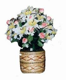 yapay karisik çiçek sepeti   Mersin internetten çiçek satışı