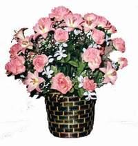 yapay karisik çiçek sepeti  Mersin çiçek siparişi sitesi