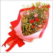 12 adet renkli  gül buketi   Mersin yurtiçi ve yurtdışı çiçek siparişi