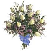 bir düzine beyaz gül buketi   Mersin 14 şubat sevgililer günü çiçek