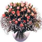 büyük cam fanusta güller   Mersin anneler günü çiçek yolla