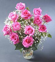 Mersin çiçek satışı  vazoda 12 adet gül tanzimi