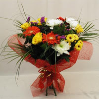 Mersin güvenli kaliteli hızlı çiçek  Karisik mevsim demeti