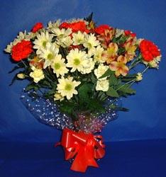 Mersin güvenli kaliteli hızlı çiçek  kir çiçekleri buketi mevsim demeti halinde