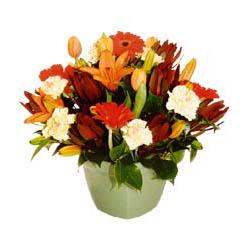 mevsim çiçeklerinden karma aranjman  Mersin cicekciler , cicek siparisi