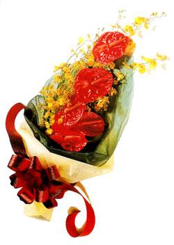 özel 5 adet antorium buketi   Mersin 14 şubat sevgililer günü çiçek