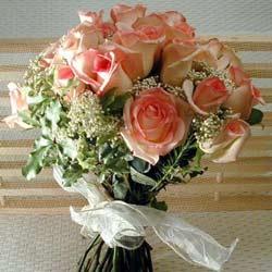 12 adet sonya gül buketi    Mersin hediye sevgilime hediye çiçek