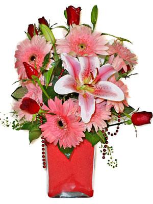 Mersin çiçekçi telefonları  karisik cam yada mika vazoda mevsim çiçekleri mevsim demeti