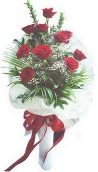 Mersin güvenli kaliteli hızlı çiçek  10 adet kirmizi gülden buket tanzimi özel anlara