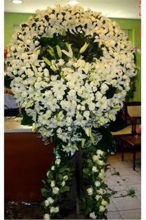 Cenaze çelenk , cenaze çiçekleri , çelengi  Mersin çiçek servisi , çiçekçi adresleri