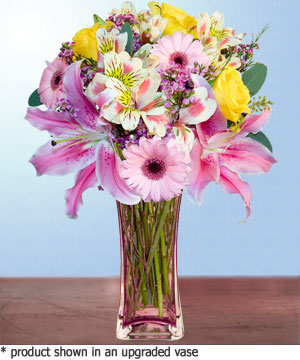Anneme hediye karisik cam mevsim demeti  Mersin çiçek gönderme sitemiz güvenlidir
