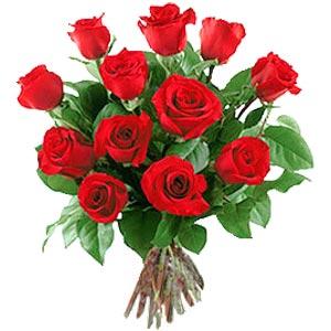 11 adet bakara kirmizi gül buketi  Mersin çiçek siparişi vermek