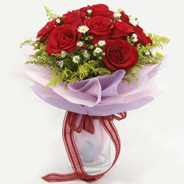 Çiçek gönderme estetikliginiz 11 gül buket  Mersin yurtiçi ve yurtdışı çiçek siparişi