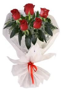 5 adet kirmizi gül buketi  Mersin İnternetten çiçek siparişi