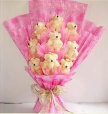9 adet pelus ayicik buketi  Mersin hediye çiçek yolla