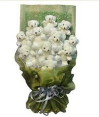 11 adet pelus ayicik buketi  Mersin çiçek gönderme