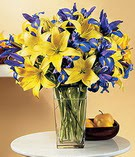 Mersin hediye çiçek yolla  Lilyum ve mevsim  çiçegi özel