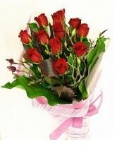 11 adet essiz kalitede kirmizi gül  Mersin hediye çiçek yolla