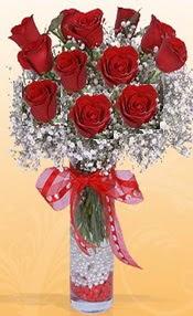 10 adet kirmizi gülden vazo tanzimi  Mersin online çiçekçi , çiçek siparişi