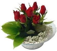 Mersin çiçek yolla , çiçek gönder , çiçekçi   cam yada mika içerisinde 5 adet kirmizi gül