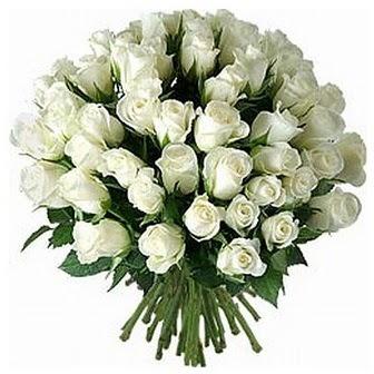Mersin internetten çiçek satışı  33 adet beyaz gül buketi