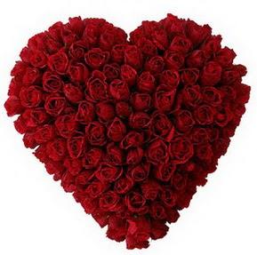 Mersin yurtiçi ve yurtdışı çiçek siparişi  muhteşem kırmızı güllerden kalp çiçeği