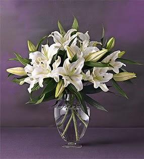 Mersin uluslararası çiçek gönderme  4 dal cazablanca vazo çiçeği