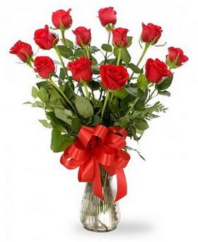 Mersin çiçek mağazası , çiçekçi adresleri  12 adet kırmızı güllerden vazo tanzimi