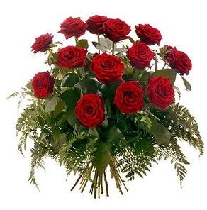 Mersin çiçek yolla , çiçek gönder , çiçekçi   15 adet kırmızı gülden buket