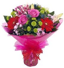 Karışık mevsim çiçekleri demeti  Mersin çiçek gönderme