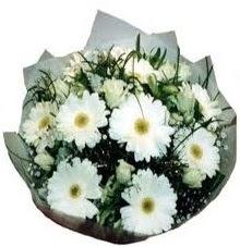 Eşime sevgilime en güzel hediye  Mersin çiçekçi mağazası