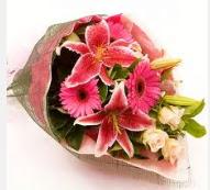 1 dal kazablanka ve mevsim çiçekleri  Mersin çiçek gönderme sitemiz güvenlidir
