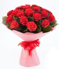 15 adet kırmızı gülden buket tanzimi  Mersin online çiçekçi , çiçek siparişi