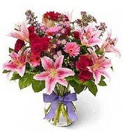 Vazo içerisinde karışık mevsim çiçeği  Mersin online çiçekçi , çiçek siparişi