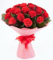 12 adet kırmızı gül buketi  Mersin online çiçekçi , çiçek siparişi