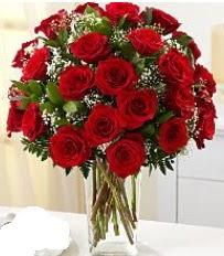 Vazo içerisinde 33 adet kırmızı gül  Mersin çiçekçi telefonları