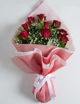 9 adet kırmızı gülden buket  Mersin çiçek servisi , çiçekçi adresleri