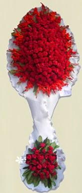 Çift katlı kıpkırmızı düğün açılış çiçeği  Mersin hediye çiçek yolla