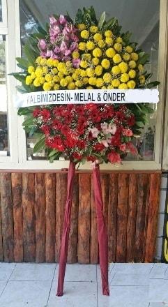 Mersin hediye çiçek yolla  Cenaze çiçek modeli