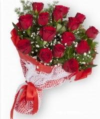 11 adet kırmızı gül buketi  Mersin çiçek satışı