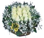 Mersin İnternetten çiçek siparişi  Beyaz harika bir gül sepeti