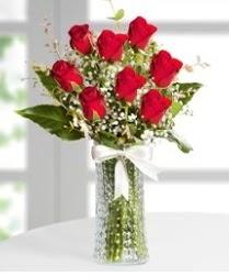 7 Adet vazoda kırmızı gül sevgiliye özel  Mersin online çiçekçi , çiçek siparişi